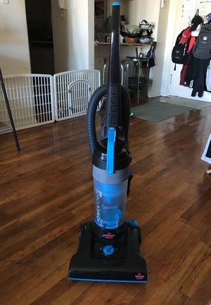 Bissel Power Force Helix 1700 Vacuum for Sale in Queens, NY