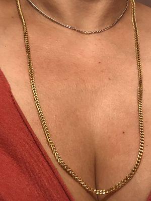 14k oro italiano verdadero hermoso estilo franco Cadena de largo es 26 💯👌🎁🎉14k Real gold Beautiful style Franco Long 26 💯👌🎁🎉♥️ for Sale in Los Angeles, CA