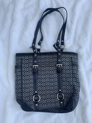 Coach Bag Model a0849-F11526 Black On Gray Canvas & Lether Signature Tote for Sale in Draper, UT