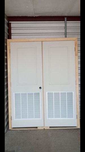 Puertas dobles 30 /80 $60 cada una for Sale in Grand Prairie, TX