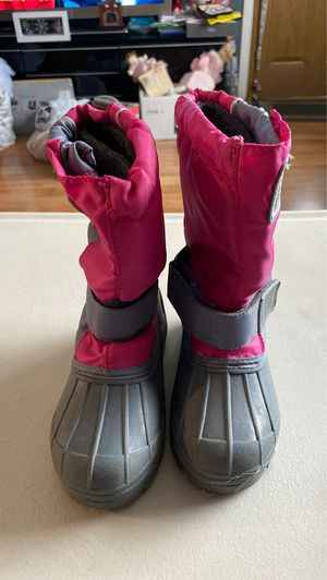 Girls Snow Boots Size 11 for Sale in Santa Fe Springs, CA