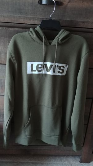 Levi's Levi Under Armour hoodies sweaters running work out Men's clothes for Sale in Kent, WA