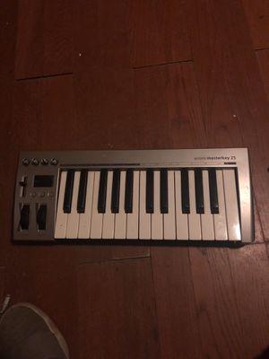 Acorn master key 25 midi for Sale in Santa Maria, CA
