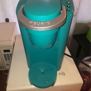 Aqua Keurig Coffee Maker for Sale in Modesto, CA