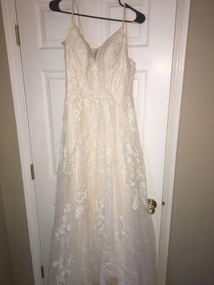 Wedding Dress for Sale in Lexington, KY
