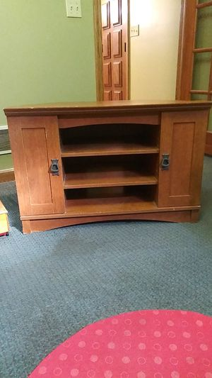 Nice wooden Sterio Cabinet or bookshelves end table. for Sale in New Franklin, OH