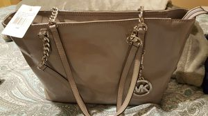 NEW Michael Kors Ash Grey leather tote for Sale in Bronx, NY