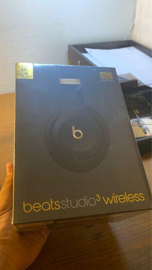 Beat studio3 wireless skyline edition BRAND NEW UNOPENED for Sale in Castro Valley, CA