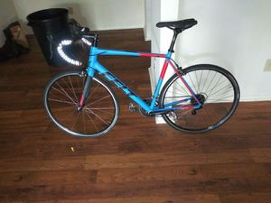 FELT ROAD BIKE $1700 LIKE NEW for Sale in Marietta, GA