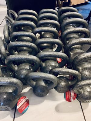 Kettlebell ( starting at 5lbs for $10) for Sale in Sunrise, FL