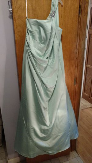 Bridesmaid dress for Sale in Farmer City, IL