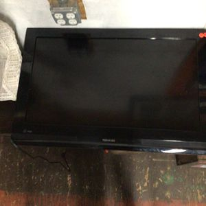 N220 Toshiba TV. for Sale in Bellingham, MA