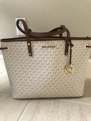 Michael Kors purse for Sale in Concord, CA