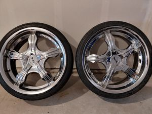 "18"" Chrome BIGG rims (Only 2) for Sale in Tacoma, WA"