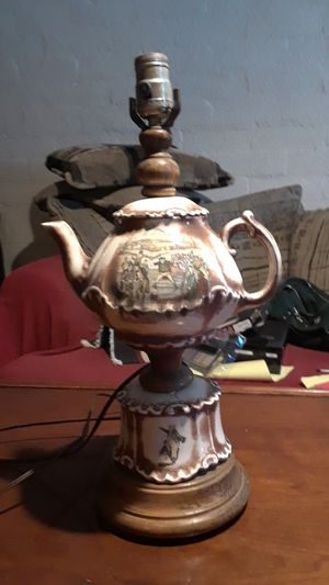 Antique table lamps for Sale in Las Vegas, NV