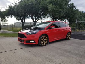 2016 ford focus st hatchback for Sale in Houston, TX