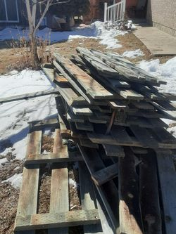 Free Scrap Wood for Sale in Denver,  CO
