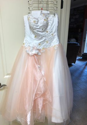 Prom dress size 6 for Sale in Goodlettsville, TN