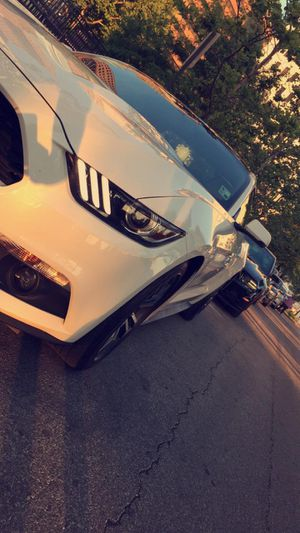 Mustang eco-boost 2017 for Sale in Columbus, OH