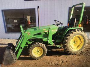 John Deere 790 4x4 tractor/loader low hours for Sale in Apple Valley, CA