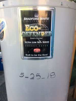 Bradford 40g Water Heater for Sale in San Diego, CA