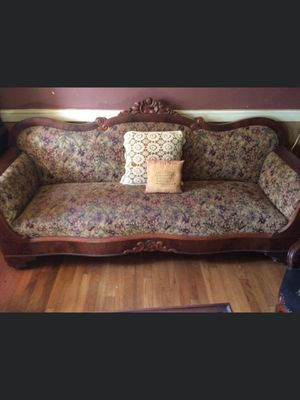 Victorian couch for Sale in Proctor, WV