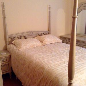 Vintage bedroom suite for Sale in Midlothian, VA