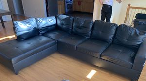 Old couch 400 OBO PICKUP ONLY for Sale in Linden, NJ