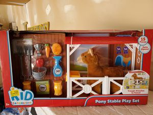 New pony stable play set for Sale in Corona, CA