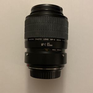 Canon MP-E 65mm f/2.8 1-5x Macro Photo Lens for Sale in Hialeah, FL