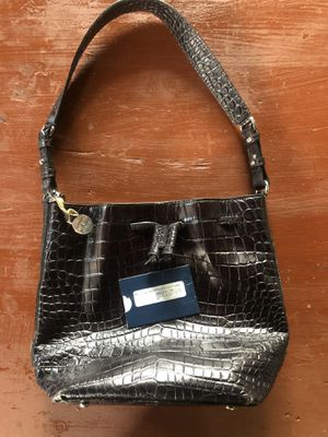 Dooney & Bourke Accordion Drawstring Purse Bag for Sale in Charlotte, NC
