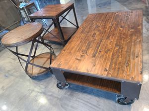 Table and 2 end tables for Sale in Glendale, AZ