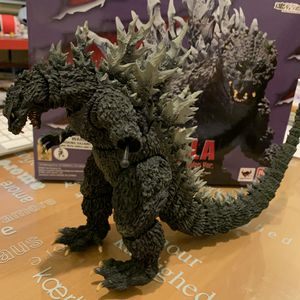 Godzilla 2000: Godzilla Millennium Special Color Ver SH MonsterArts Action Figure for Sale in El Monte, CA