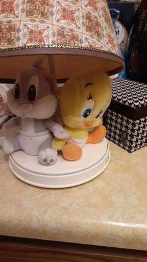 Looney toons lamp for Sale in Bismarck, ND