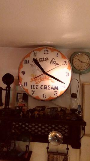 1950 hazelwood ice cream advertisement clock for Sale in Mountlake Terrace, WA