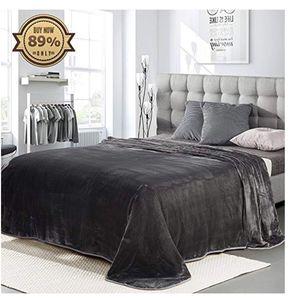 Freelife Luxury Fleece Blanket Super Soft for Sale in Danville, PA