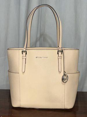Michael kors handbag for Sale in Vernon, CA