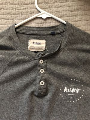 grey baseball tee altamont - small for Sale in Anaheim, CA
