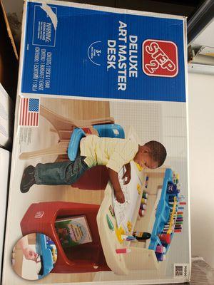 Kids desk for Sale in Glendale, CA