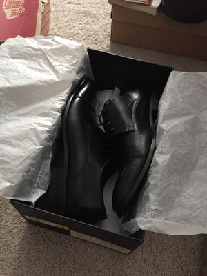 Asher green genuine leather footwear shoes for Sale in Smyrna, TN