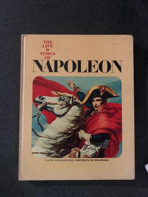 Libro con carátula dura Edición 1966 for Sale in Miami, FL
