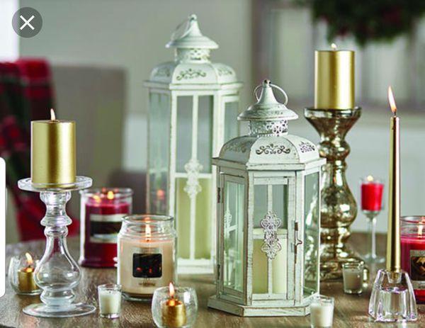 Lanterns centerpiece wedding event