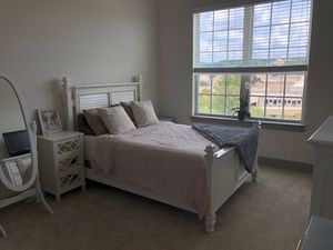 White Bedroom Set for Sale in Raleigh, NC