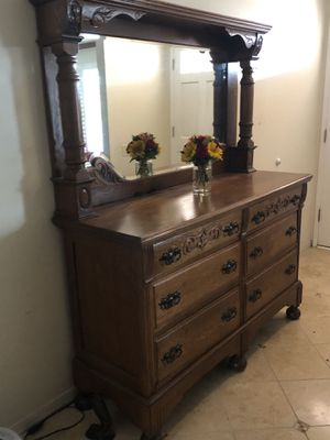 Furniture. Antique entryway piece. for Sale in Huntington Beach, CA