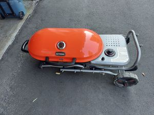 BBQ grill for Sale in Lake Forest, CA