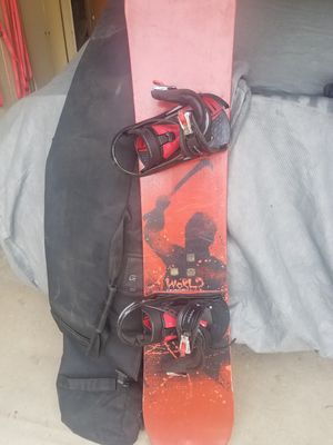 Snowboard with bindings and bag bag for Sale in San Dimas, CA