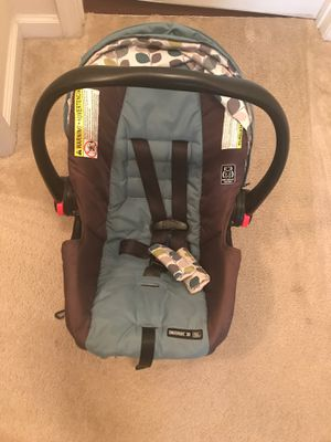 Car seat for Sale in Melbourne, FL
