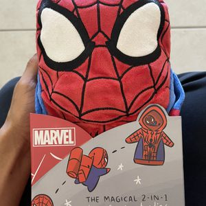 Cubcoats Spider-Man - 2-in-1 Size 8 Transforming Hoodie and Soft Plushie for Sale in Miami, FL