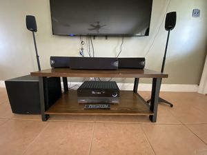 Audio System 5.1 - Klipsch speakers + Polk Audio Subw + harman/kardon Receiver. for Sale in Tamarac, FL