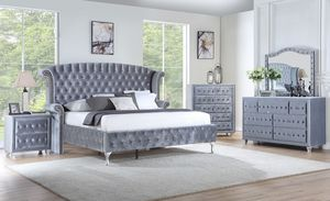 5pcs bedroom set for Sale in Columbus, OH
